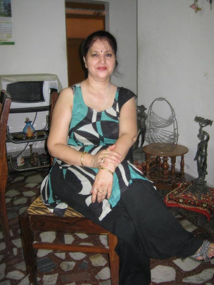 94 Best Bbw All Saree Aunty Images On Pinterest  Saree -8985