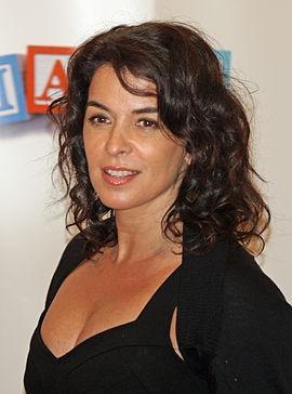 Annabella Sciorra - Wikipédia