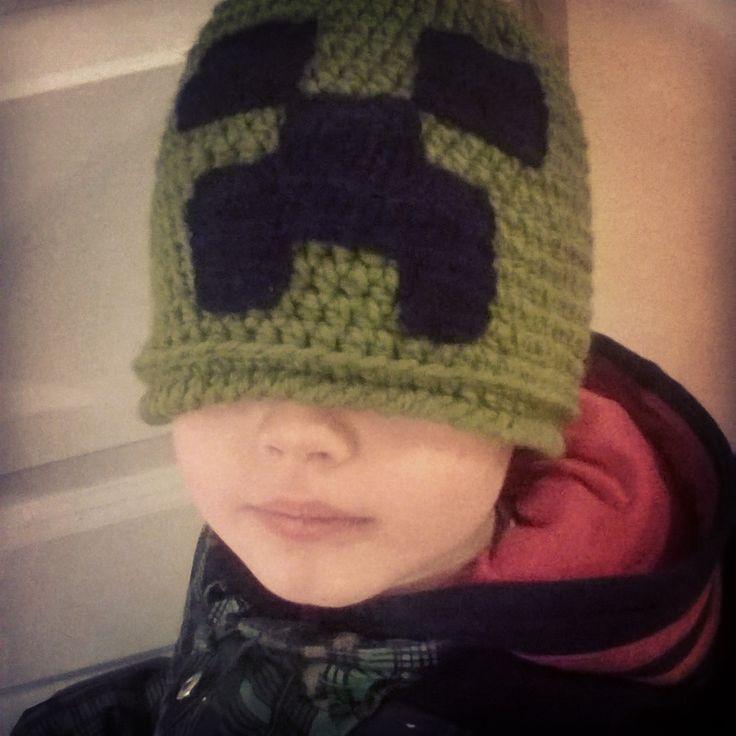 Crochet minecraft creeper hat