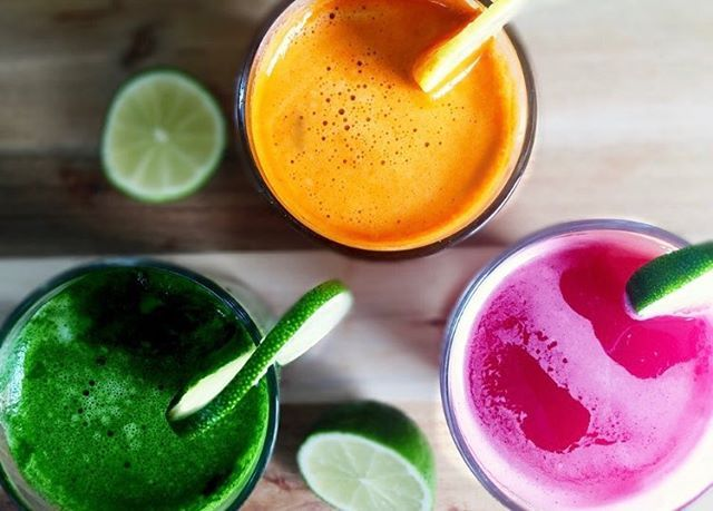 Hello Friday and lovely people weekend is around the corner so let's celebrate with a colorful juice  Which juice is your favourite  Beetroot carrot or spinach? .. .. .. .. .. #juice #beetroot #carrot #spinach #juicy #juicelife #morning #friday  #happy #energy #healthy #healthyjuice #london #living #staypositive #smoothie #smoothies #drinkyourgreens #eattherainbow #breakfast #weightloss #juicefanatics #weekend