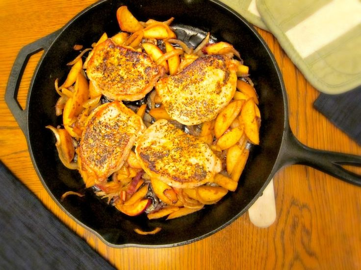 apples pork roast with apples and onions the pioneer woman pork chops ...