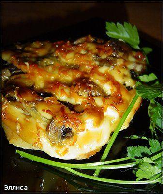 Свиные отбивные, запеченные с грибами - кулинарный рецепт