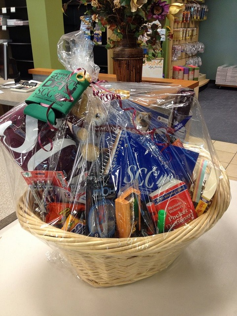 De 17 bsta college baskets bilderna p pinterest a gift basket to raffle off to students st charles community college bookstore negle Choice Image