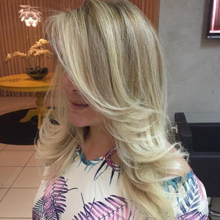 Sehen Sie mehr Haare in den Pinsel in letzter Zeit? Haarausfall kann durch eine chronische Entzündung, Follikel Schäden, Alopezie, oder einfach nur Unterernährung verursacht werden. So haben wir eine Liste zusammengestellt natürliche Wege, um zu verhindern, dass Haarausfall und Haarausfall . Kontrol ...