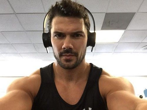 General Hospital Spoilers and News: Ryan Paevey Seriously Injured in Motorcycle Accident - Nathan West Crushes Wrist