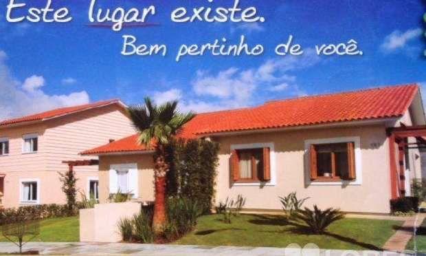 Casa à venda em Lomba do Pinheiro, Porto Alegre - 78m², R$ 308.000 - ZAP e Pense Imóveis juntos