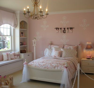 72 best shabby chic decor images on pinterest shabby chic decor shabby chic decorating and. Black Bedroom Furniture Sets. Home Design Ideas