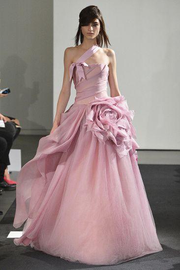 Найденное 91,988 розовые свадебные платья фото результатов