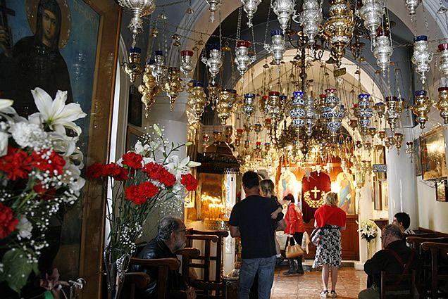 http://www.aeginagreece.com/aegina/pictures/articles Agios Nektarios Monastery Greece