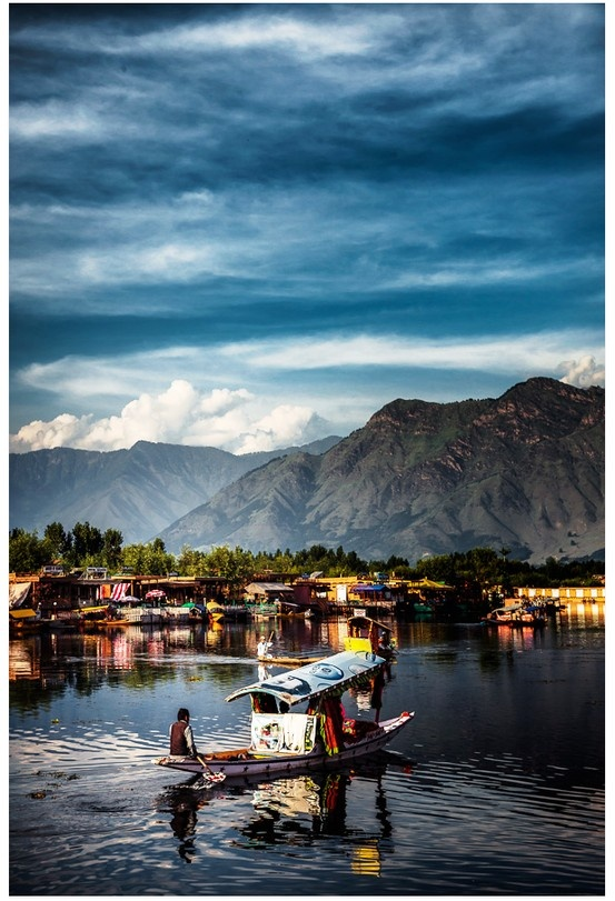 Kashmir, one of the settings of Book 3 Veiled at Midnight in my trilogy Twilight of the British Raj. www.christinelindsay.com