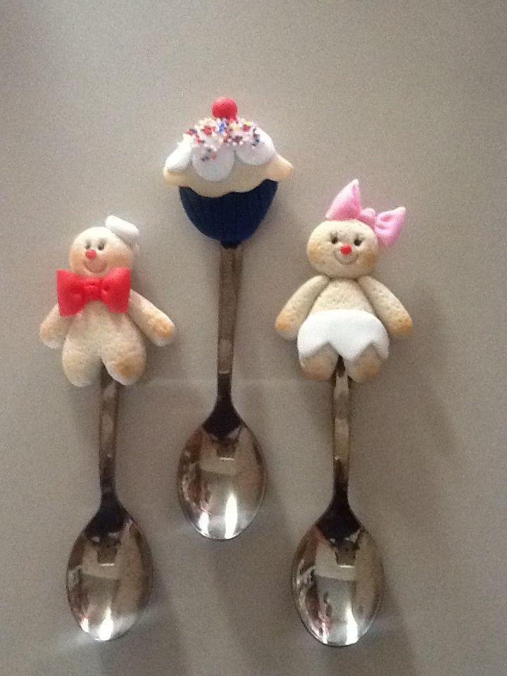 Imanes de Cucharas navideñas decorativas  para refrigerador (paquete de 3 figuritas)