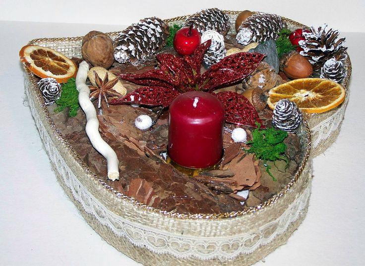 Stroik świąteczny w kształcie serca