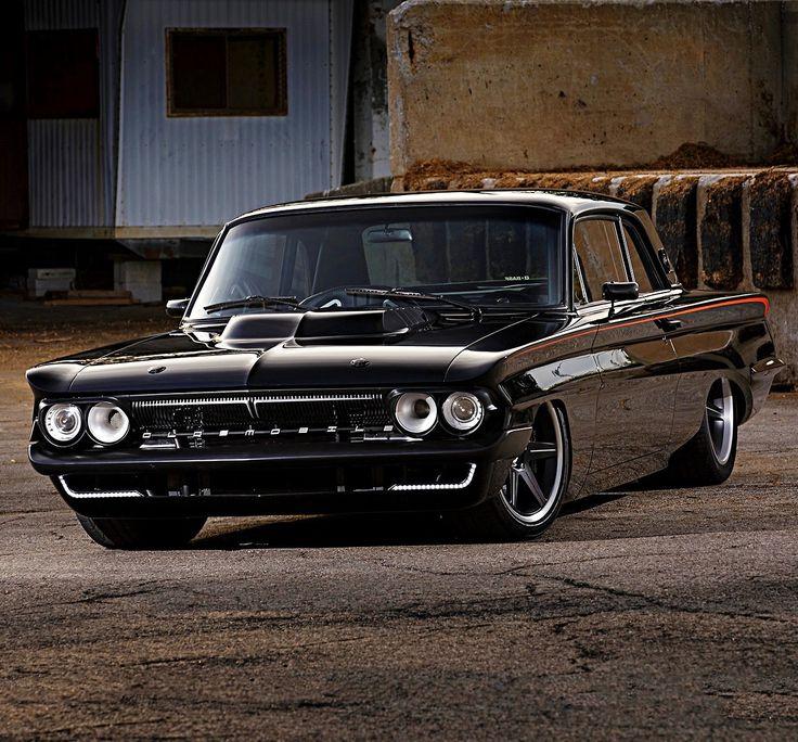 Ratrods Inc. — utwo: 1961 Oldsmobile Cutlass Compact © James...