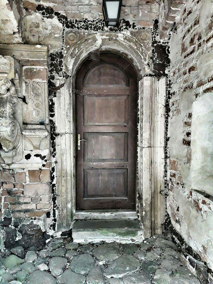 # Arkadia Park  #Nieborow  # old door