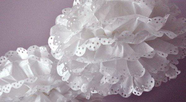 Faça artesanato com papel de seda para atualizar a sua decoração. Esta decoração pode ser para a sua