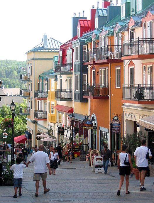 Mont Tremblant, Canada, Oh, what a great shot - I am getting travel bug. So beautiful in the summer, si?