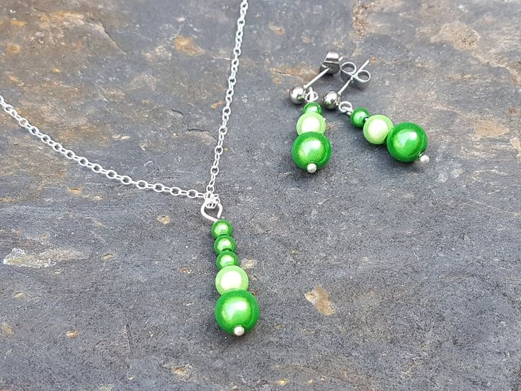 Gorgeous green round miracle beaded set