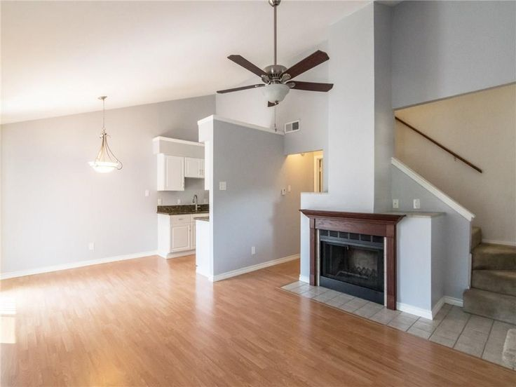 Cute Townhome For Lease In Carrollton The Warm Floor Makes For A Cozy Feel Carrollton Dallas Realestate Texas Townhome C House For Lease Home House