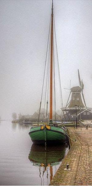 Friesland The Netherlands √
