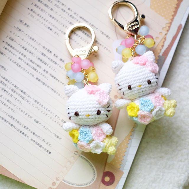Free Crochet Cat Keychain Pattern : 25+ best ideas about Hello kitty crochet on Pinterest ...