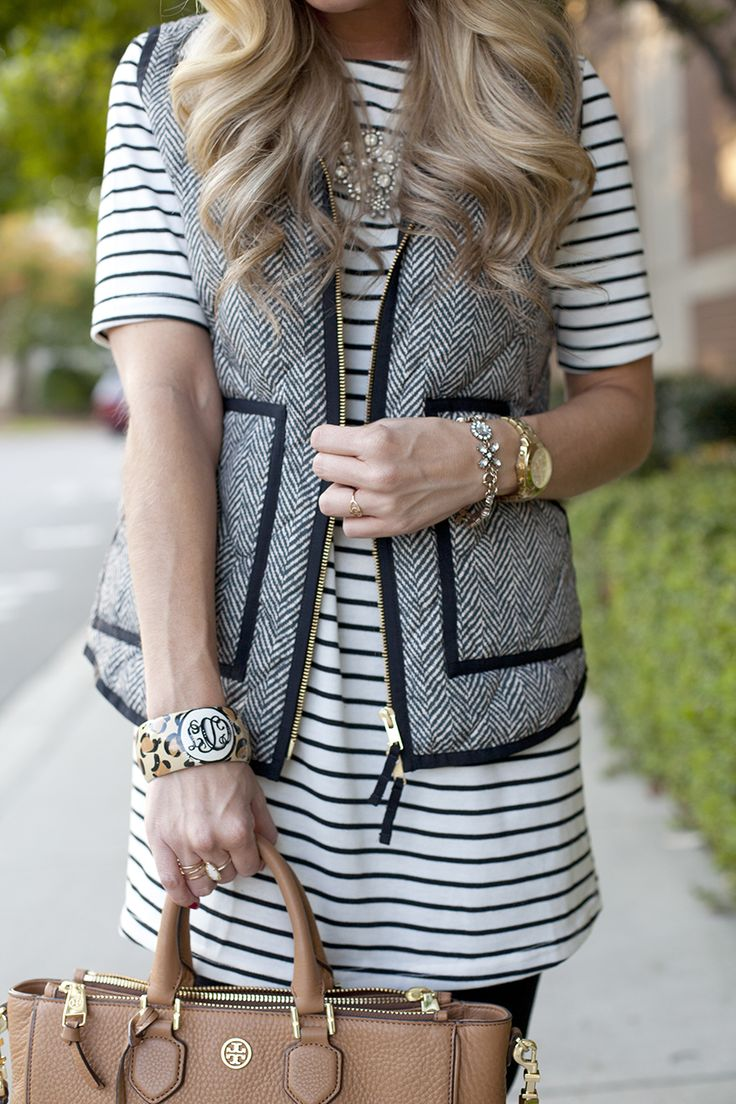 Stunning Puffer Vest Stripped Mid Sleeve Dress Fall Outfit