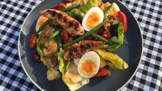 Honey glazed barbecue chicken salad