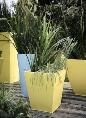 How-to spray paint plant pots » Rustoleum Spray Paint » www.rustoleumspraypaint.com