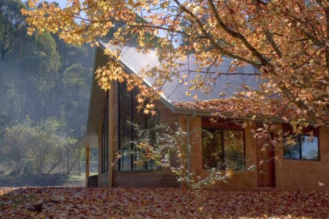 Red Earth Lodge - secluded, a Bright Lodge | Stayz