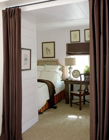 Small bedroom style.: Small Bedrooms, Guest Bedrooms, Bedrooms Design, Basements Bedrooms, Apartment Design, Design Bedrooms, Curtains Ideas, Guest Rooms, Bedrooms Decor
