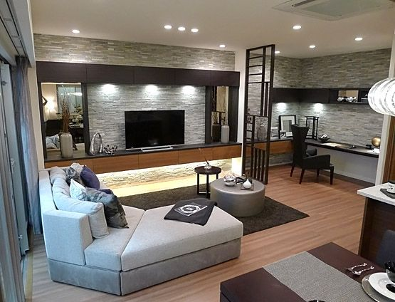リビングルームコーディネート|様々な素材・形状のものを合わせて空間に立体感を。