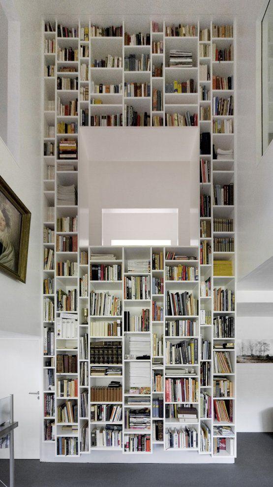 Bibliothèque toute en hauteur #interior #bookshelves