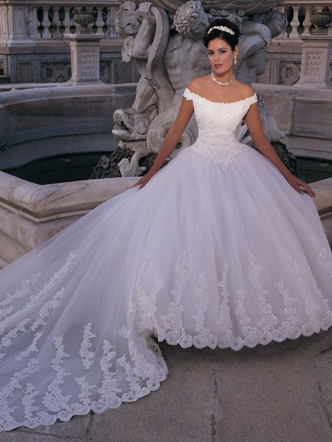 Online Sale Graceful Off The Shoulder Scoop Neckline Lace Satin Simple Court Train Wedding Gown