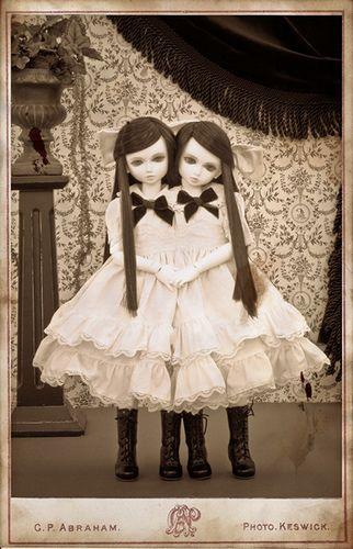Nettie and Hortence by milkeye land, via Flickr