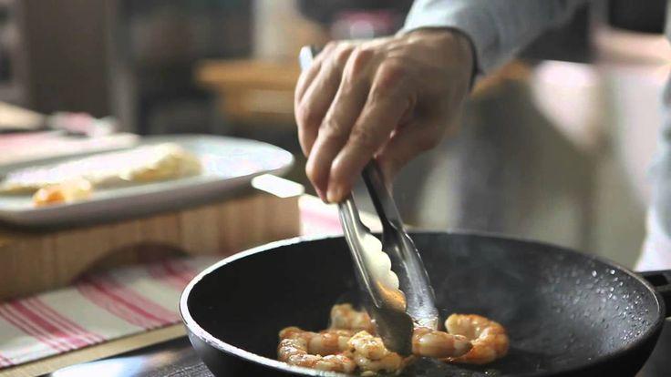 Filetti di spigola con vongole e gamberi al cartoccio.  #Star #ricette #ricettedastar #food #recipes #yummy #foodporn #delicious #foodie #eat #foodgasm #foodpic #cookin #spigola #vongole #pesce #fish