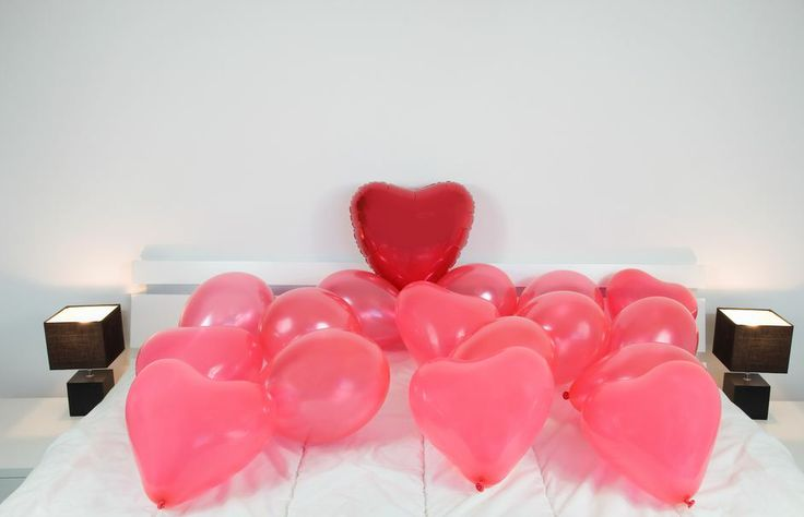Ofertas de hoteles para el día de San Valentín 2014. ¡Se acerca el 14 de febrero! ¿Cómo sorprenderás a tu pareja? Te proponemos una selección de hoteles que te hará pasar un inolvidable día de San Valentin junto a la persona amada http://www.rumbo.es/hoteles/promo/fiestas-populares/san-valentin-14-de-febrero/