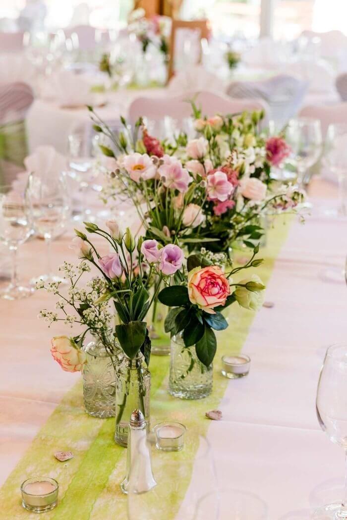 Mesa de casamento arranjo de flores