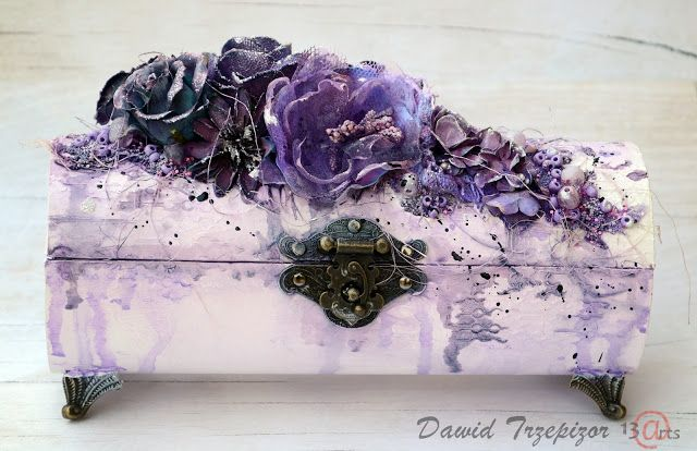 13arts: Violet box by Dawid