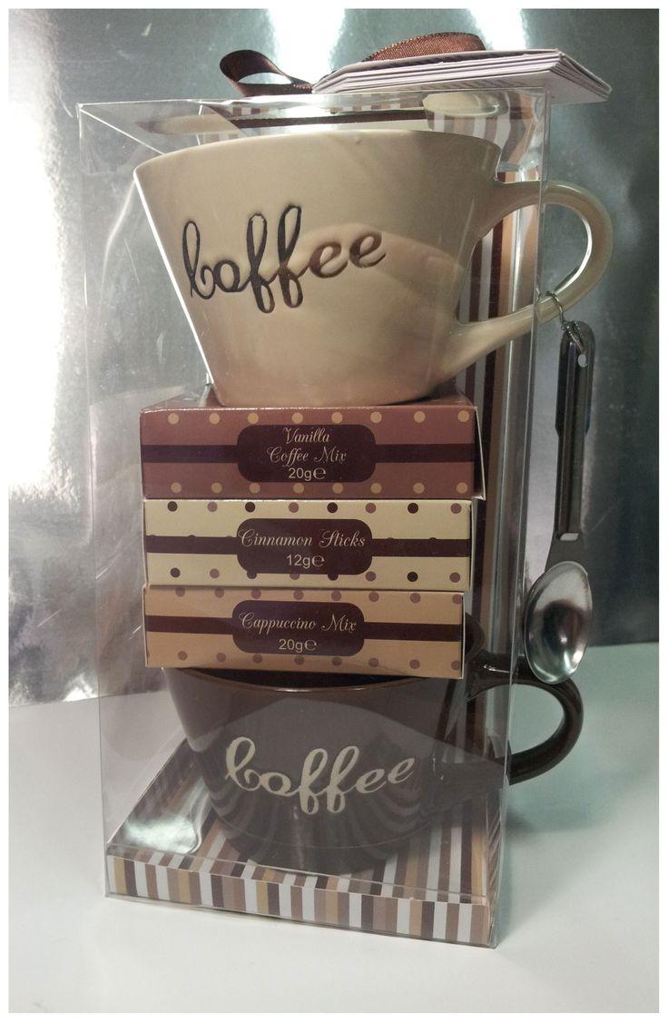 COFFEE GIFT SET 2  Mix per caffè alla vaniglia, mix per cappuccino, due tazze, cucchiaino e bastoncini alla cannella