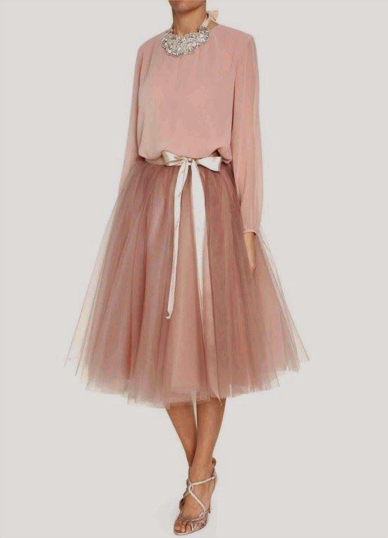 La falda de tul                                                                                                                                                                                 Más
