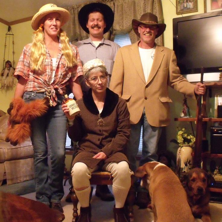 What do hillbillies wear?