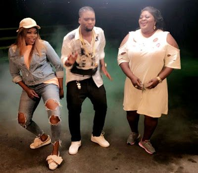 For The Feud Mongers See BTS Photos Of Eniola Badmus With Funke Akindele On The Set Of A Video Shoot http://ift.tt/2eDOY4I