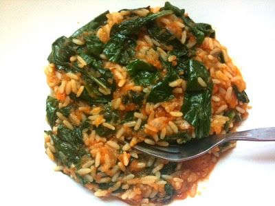 In Erika's Kitchen: Superfoods Month: Spanakorizo (spinach rice) from Life in Greek