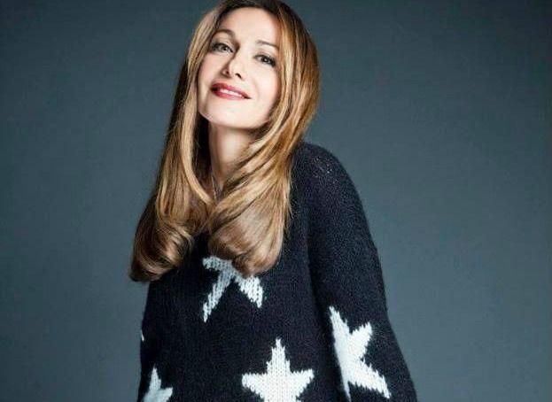 Η Δέσποινα Βανδή ξεχωρίζει για το στιλ της! Έτσι, από πέρυσι συνεργάζεται με την Chip anf Chip σχεδιάζοντας τη σειρά ρούχων που φέρει το όνομά της:Despina Vandi for Chip and Chip. Η Ελληνίδα star και fashion icon φωτογραφήθηκε για τη χειμερινή κολεξιόν (Winter 2013/2014) φορώντας τις… δημιουργίες της! Πάρτε μια γεύση από το backstage της [...]