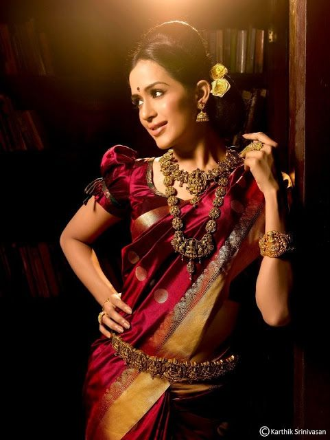 Types of Blouse – Saree Blouse Designs