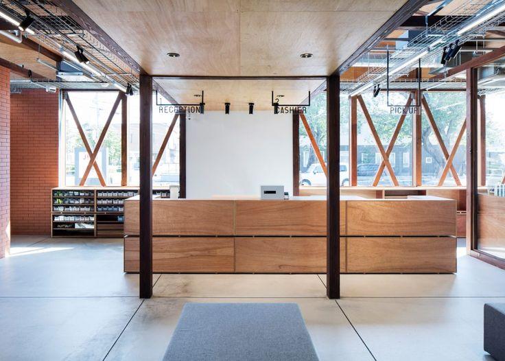 http://www.dezeen.com/2016/09/24/schemata-architects-deconstruct-interior-retail-renovation-jins-eyewear-shop-ageo-japan/