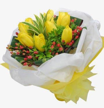 Karangan Bunga Tulip Untuk Ulang Tahun - Florist Jakarta