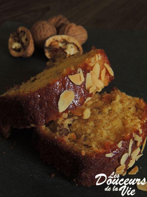 """Cake aux noix, miel & fleur d'oranger de """"Les douceurs de la vie"""""""