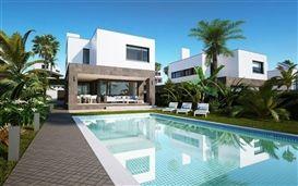 Image No.1 - 4 Bed Villa for sale