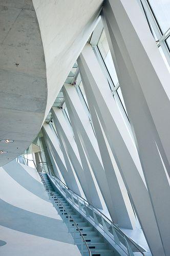 UNStudio, Mercedes Benz Museum: one of my favorite unstudio projects captured by a post-unstudio jim