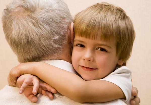 La fête des grands-pères est un joli moment dans l'année pour exprimer à son grand-père tout l'amour qu'on lui porte...
